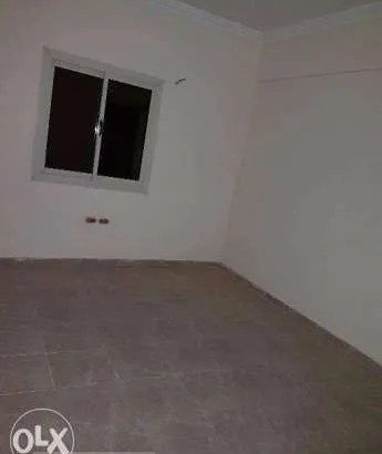 شقة 100متر للبيع بالكوثر خطوات من الشارع الرئيسي