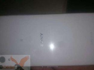 Sony z2 4G للبيع بحاله الجديد