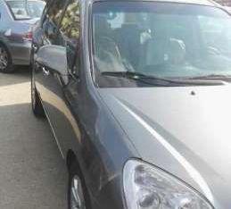 سيارة كيا كارنز للبيع