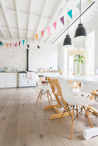 An-inside-look-into-a-Scandinavian-house-in-the-center-of-Ghent-1
