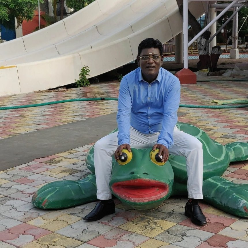 Iyer funny images from the TMKOC sets