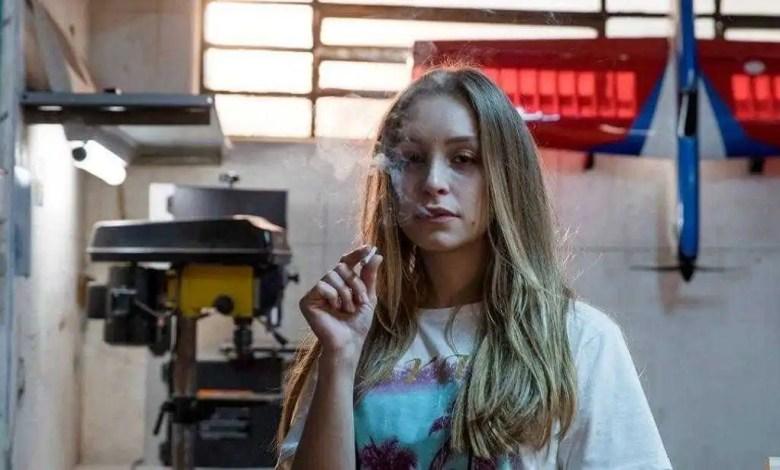 """carla diaz interpreta suzane von richthofen em """"a menina que matou os pais"""" (foto: reprodução/internet)"""