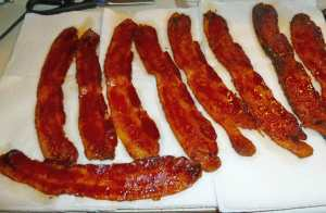 Bacon on paper towels
