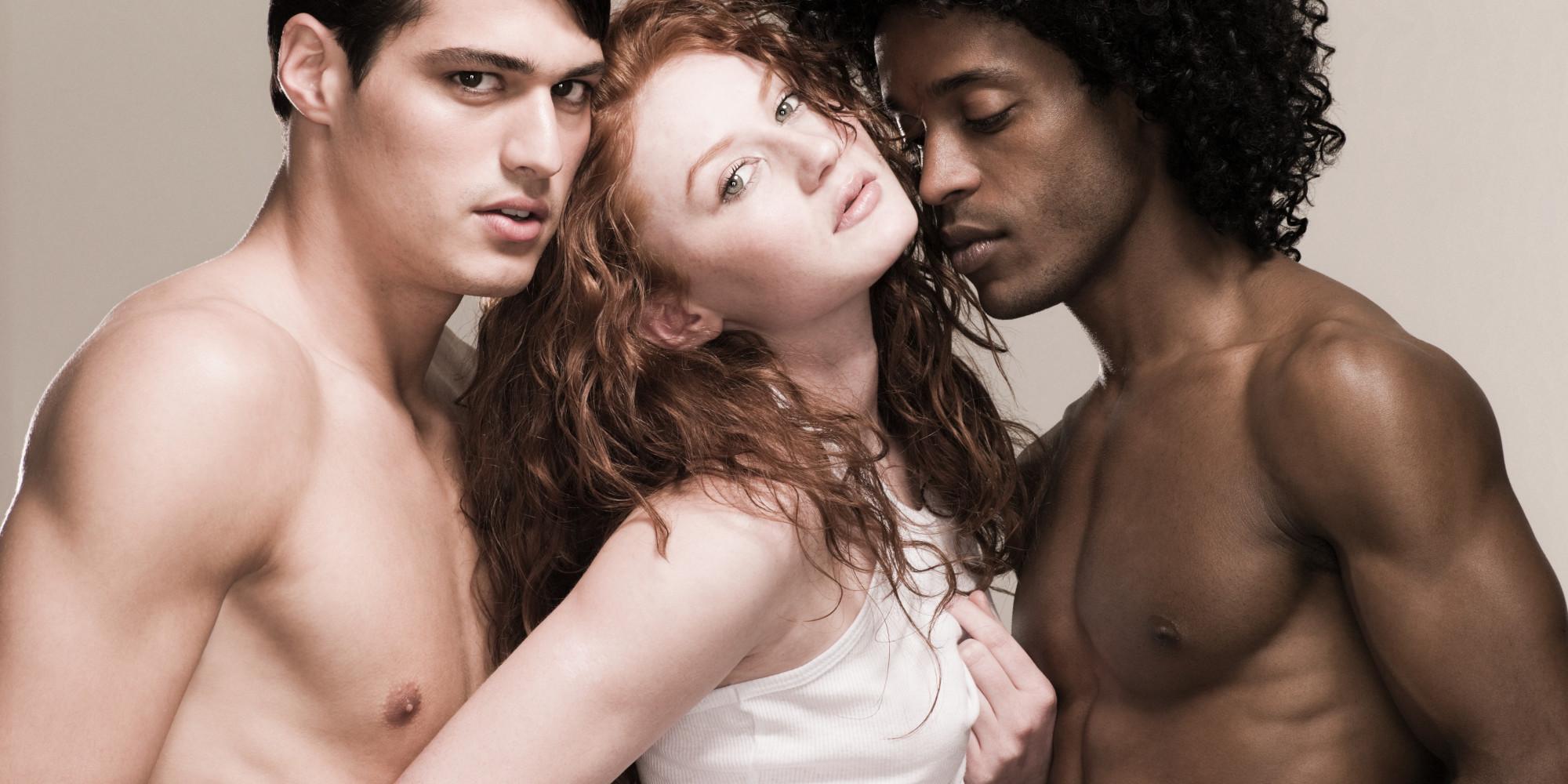 vozraste-druzya-biseksuali-foto
