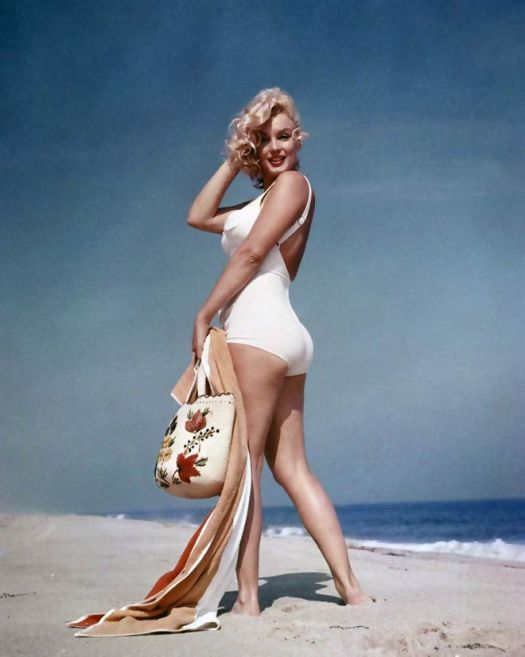 Marilyn Monroe holding a bag
