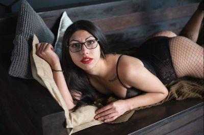 Cam Model SexyTess