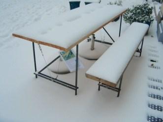 Tisch Grunewald mit Lärchenholz und Stahlgestell gewachst