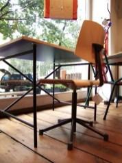 Eiermann Tisch und Scuolaflex Stuhl