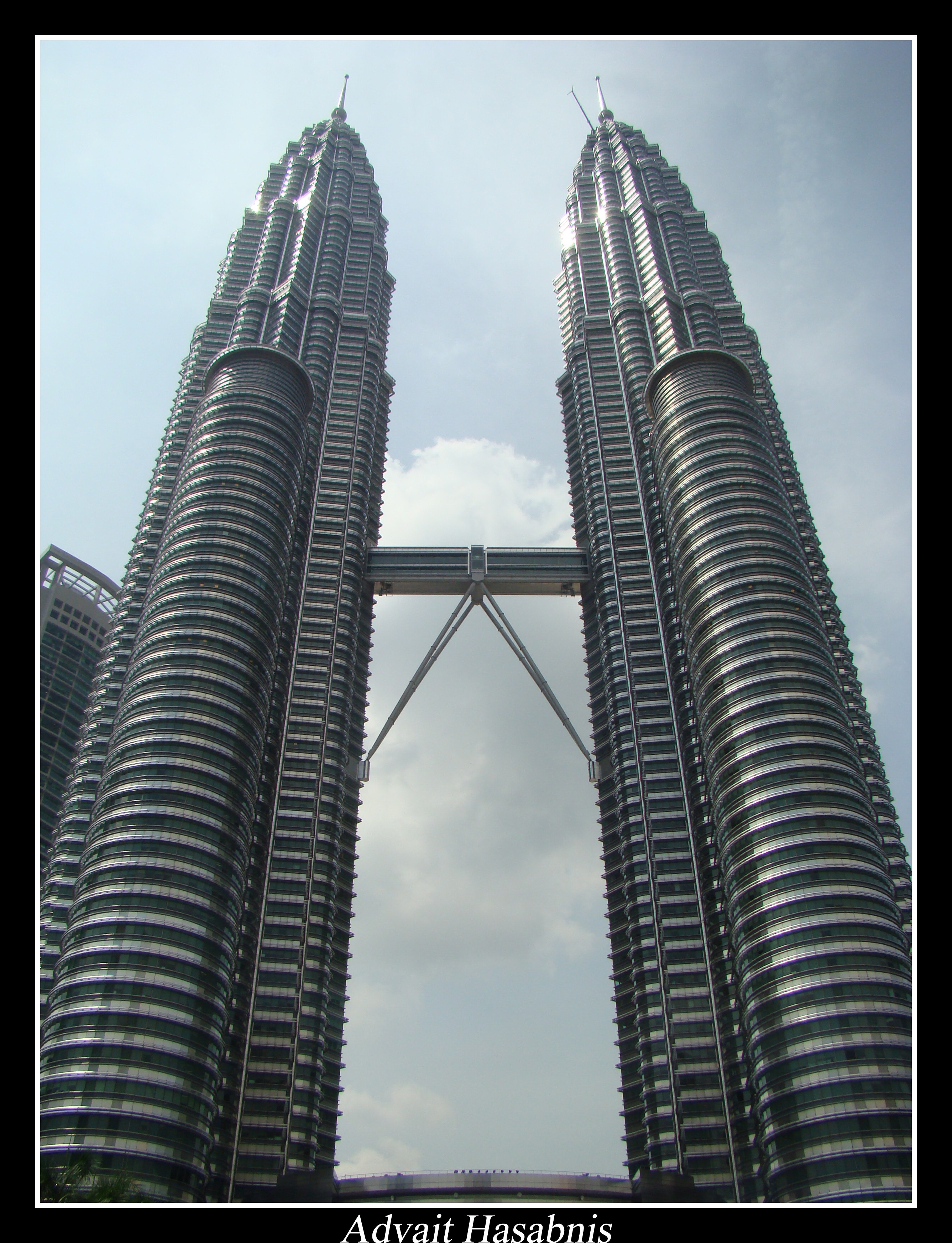 strength of petronas Completed in 1998 in kuala lumpur, malaysia once considered the tallest building in the world from 1998 to 2004, the petronas towers designed by cesar pelli stand as.