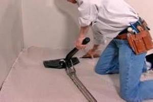 carpet repair, carpet stretching