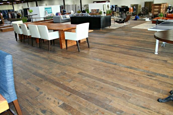 Reclaimed wood Floor