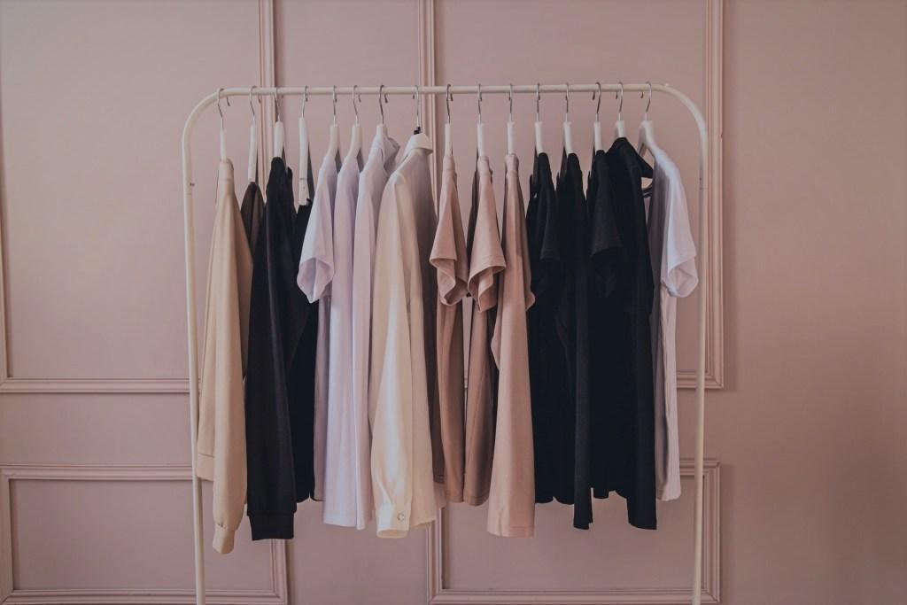 минимализъм гардероб