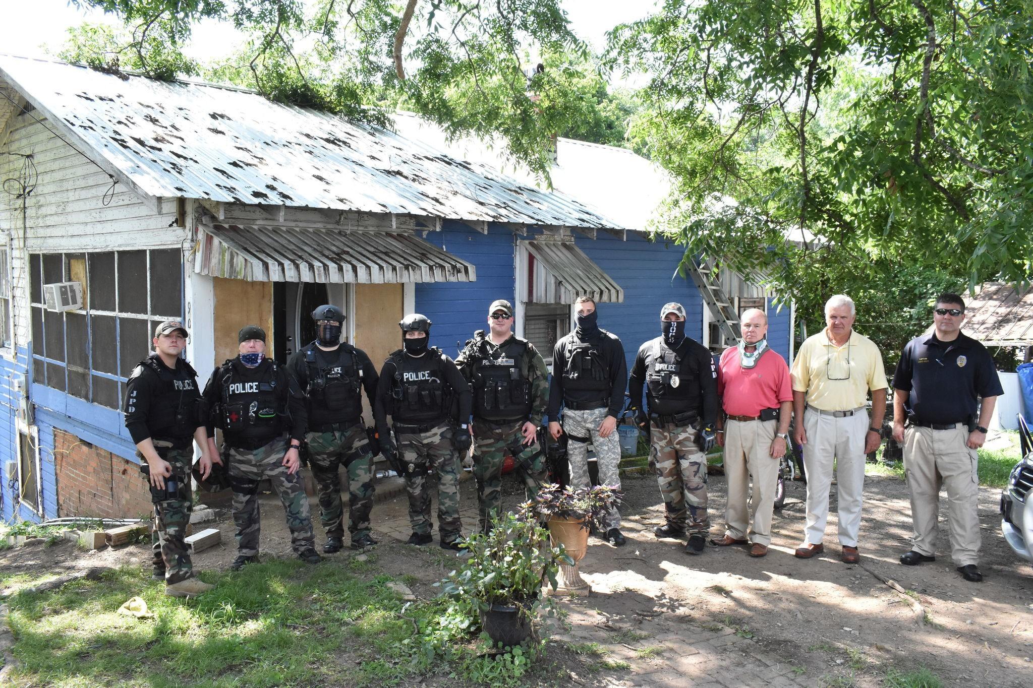 Jasper Police Officers Suspended For White Power Hand