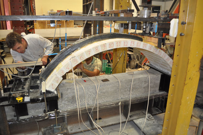 Limit Analysis of Vaulted Structures Strengthened by an Innovative Technology in Applying CFRP. Advances in Engineering