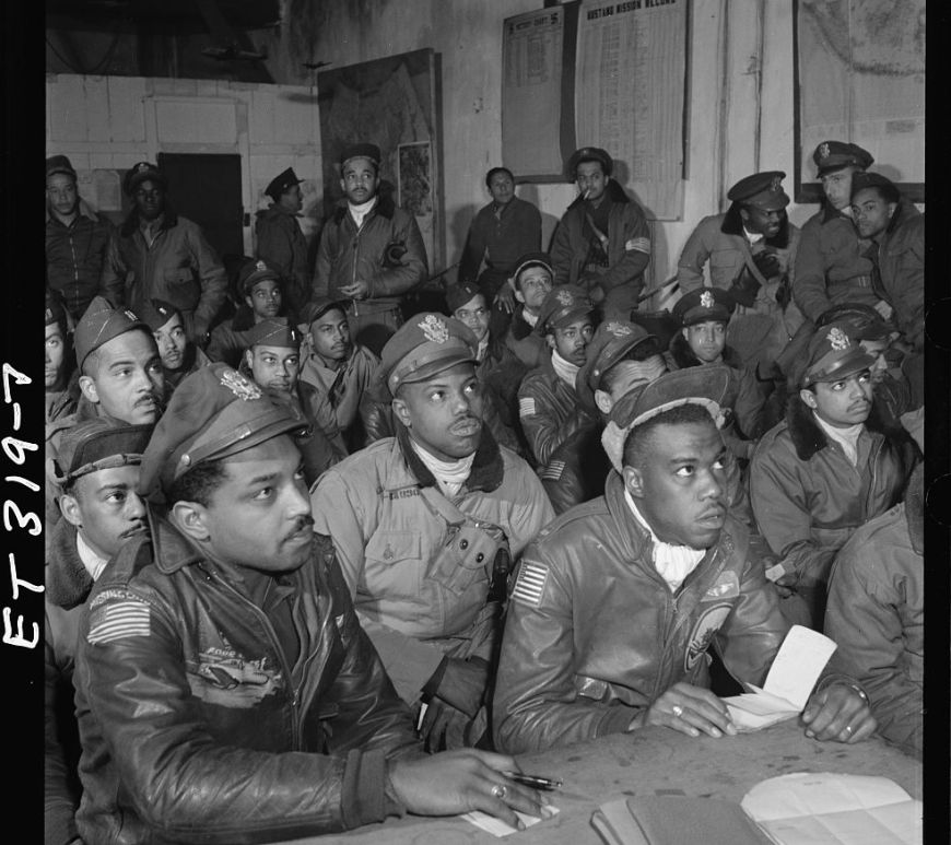 A group of Tuskegee airmen