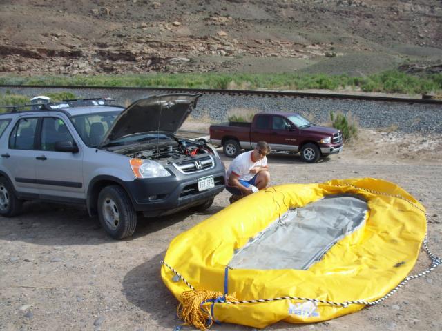 5-09-09-gunnison_raft+001.jpg