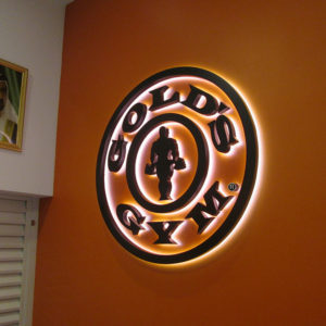 94 Gold's Gym 1- Location - Reef Mall, Dubai