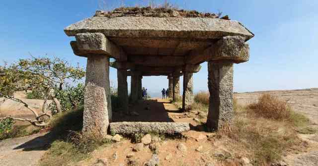 Adventure-pulse-remains-of-fort