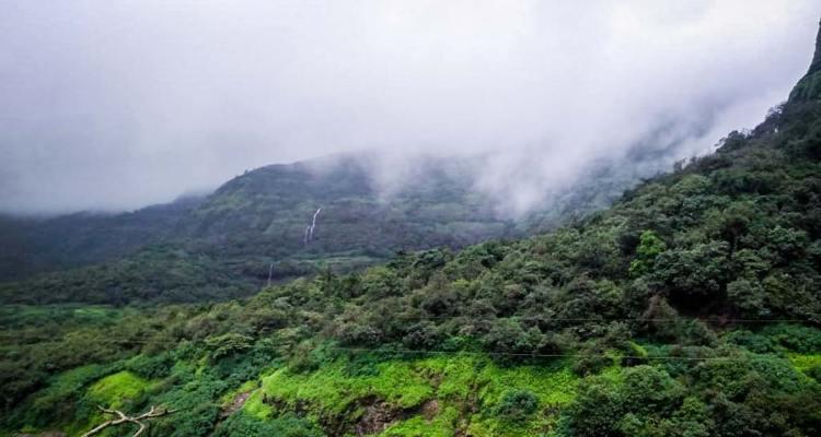treks around pune and mumbai