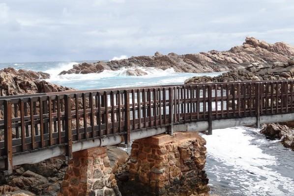 Walking tours in Australia - margaret cape bridge