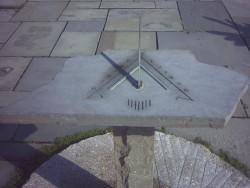 Cornell_Plantations_sundial