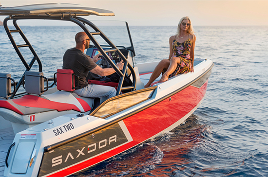 Saxdor Yachts chilled lifestyle-evening