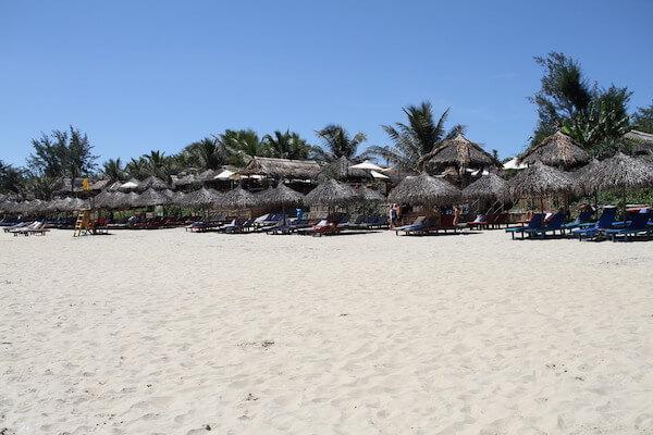 アンバンビーチの写真