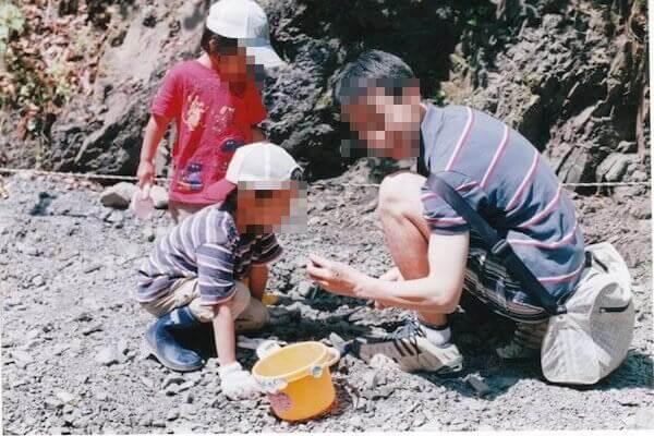 化石発掘体験写真