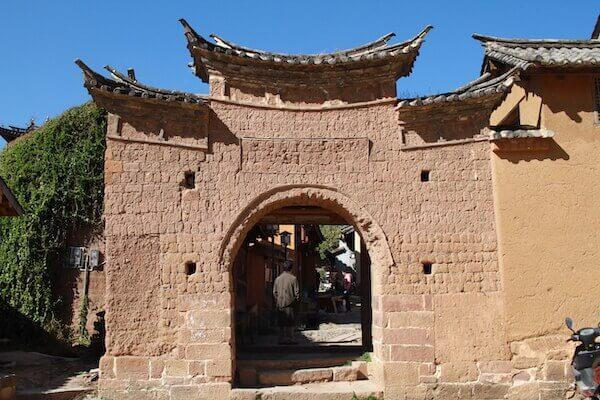 沙渓古鎮のレンガの壁写真