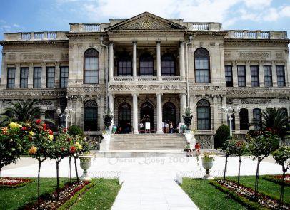 800px-dolmabahce_istanbul_turchia