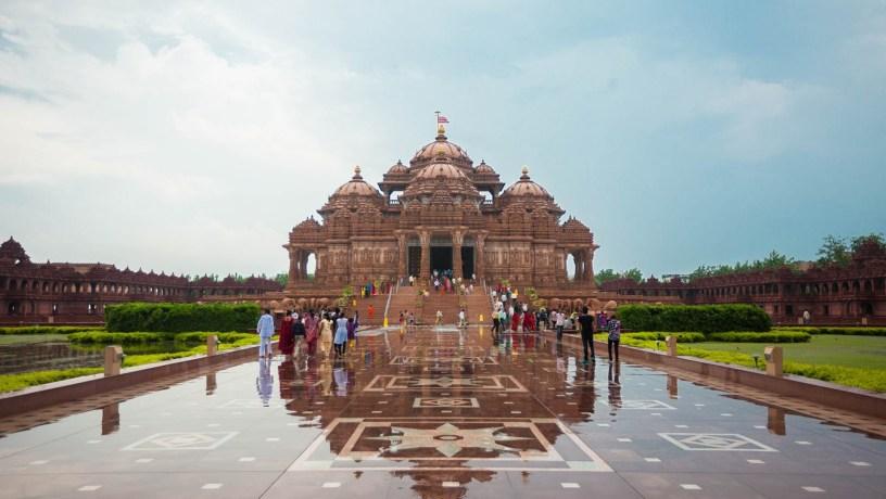 Akshardham_New-Delhi_rain-001-1920x1084