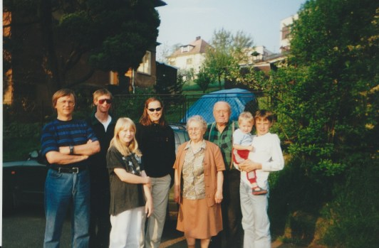 My dad, brother and me with some cousins, my grandmother and her husband (year 2000).