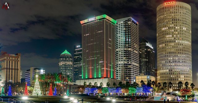 Merry Christmas and Happy Holidays to our friends and fellow businesses all over Tampa Bay and beyond! 🎄🎁  We hope everyone has a safe, healthy, and festive celebration this holiday season!   Who do you guys think had the better #christmaslights this year? Downtown Tampa, or the St. Pete Pier? 🧐  #happyholidays #tampa #tampabay #marketingagency #photography #holidaydecor #holidayphotos #holidayspirit🎄 #digitalmarketing