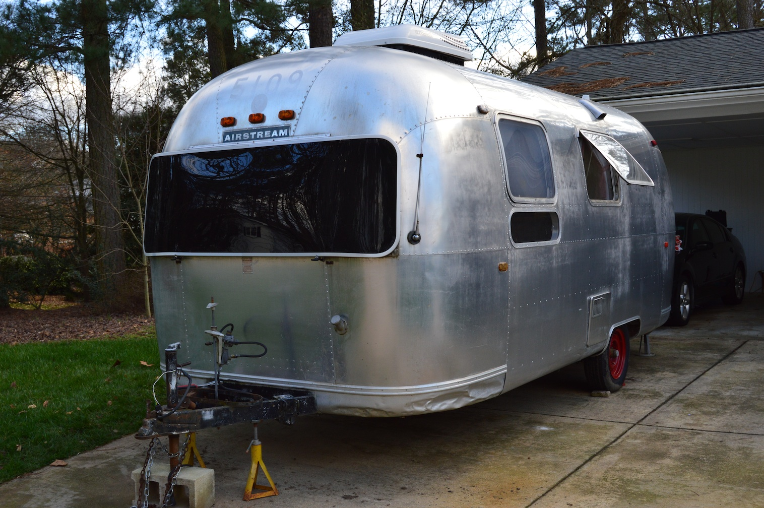 buying our airstream travel trailer. Black Bedroom Furniture Sets. Home Design Ideas