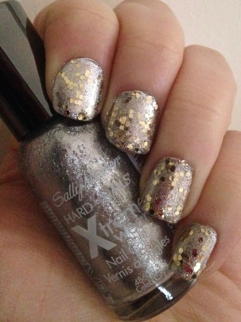 Silver and Gold Christmas Manicure | Adventures in Polishland