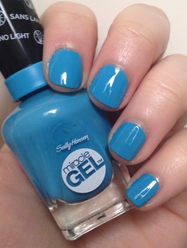 Sally Hansen Miracle Gel in Dive Bar
