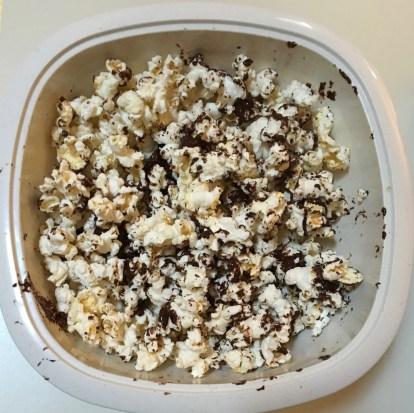 Chocolate Peanut Butter Popcorn Recipe | Vegan Snack Idea