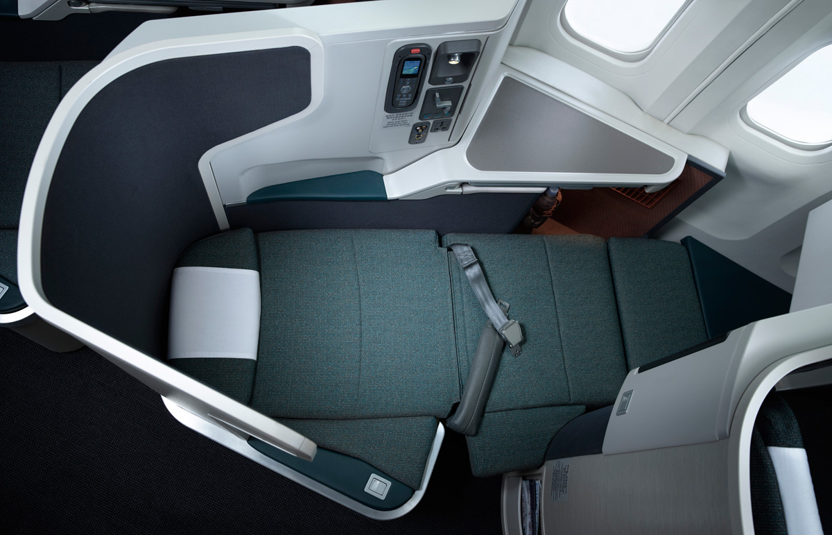 Business Class on Cathay Pacific Sydney Hong Kong Review