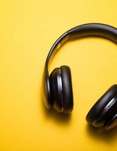 Birthday on a Budget: 8 Cheap Tech Gifts for Gadget Fanatics