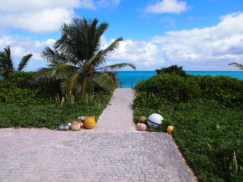 Places to Stay in the Bahamas