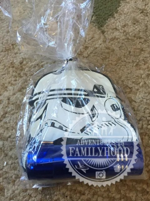 Stormtrooper Luggage Tag and Flashlight Fish Extender Gift
