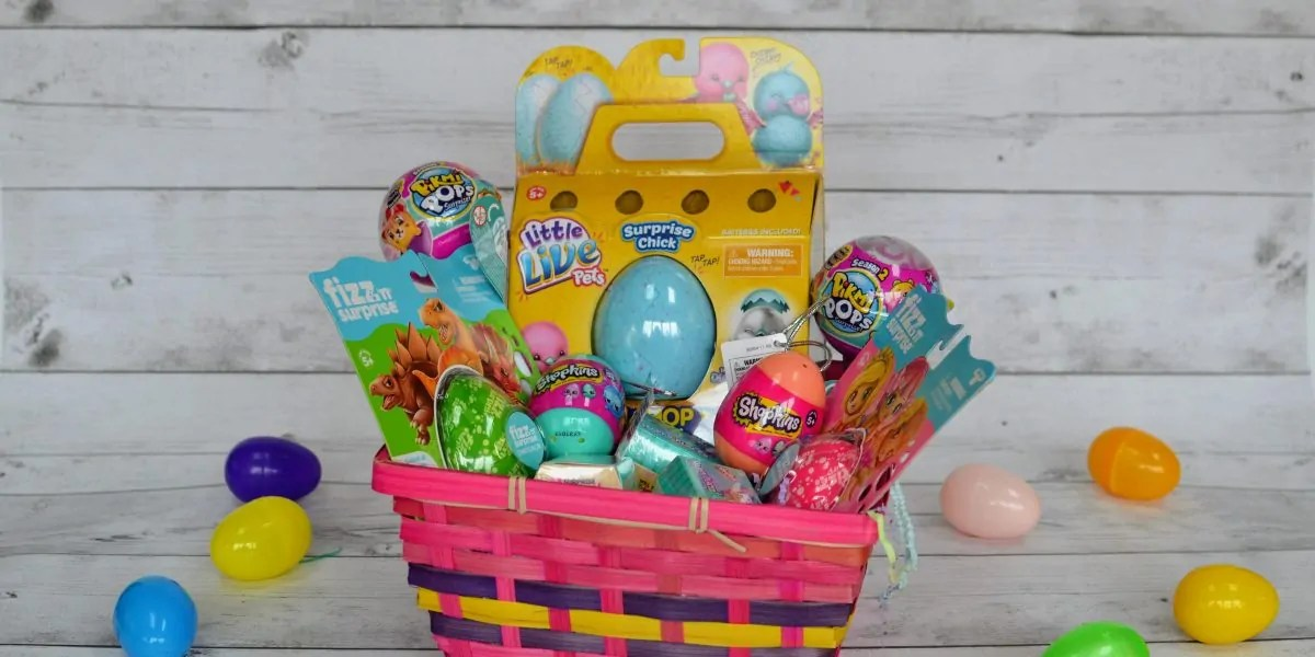 Surprise packs add egg citement to any easter basket adventures shopkins petkins surprise easter basket negle Image collections