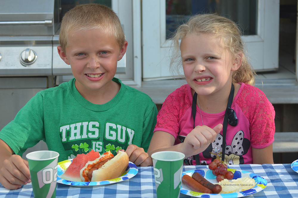 Kids eating at camp - Kid friendly meals - Adventures in NanaLand