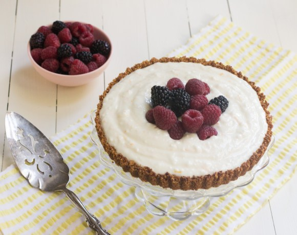 Berry Yogurt Cereal Tart
