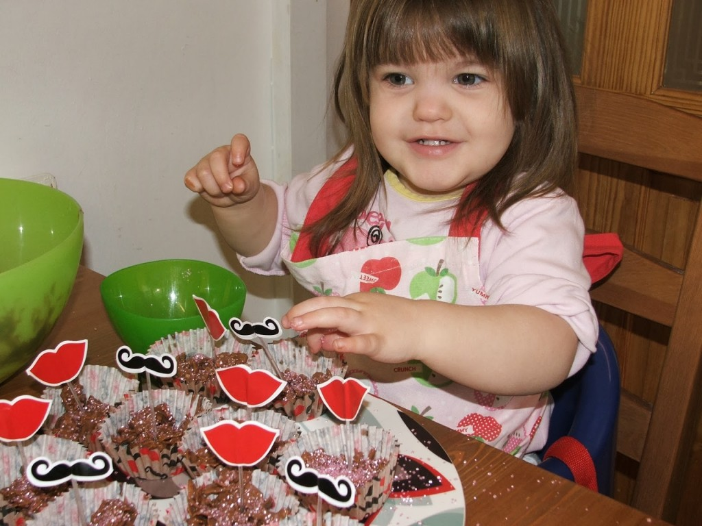 Easy Valentine's  Chocolate Treats To Make With A Toddler