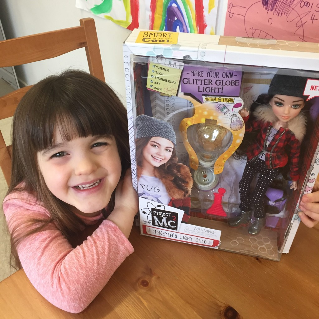 Project Mc2 Doll With Experiments-McKeyla's Light Bulb {Review}