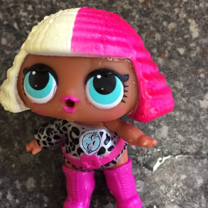 colour changing lol doll