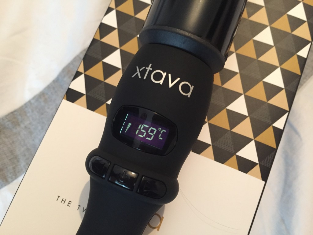 xtava Twist Curling Wand Review & Giveaway
