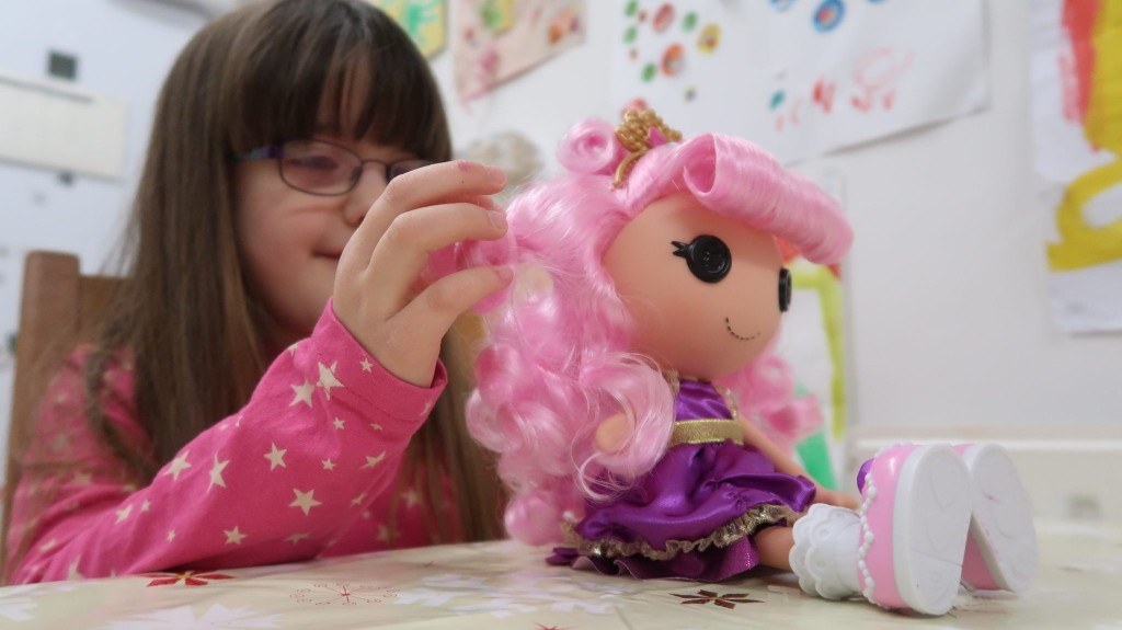 Lalaloopsy Jewel's Glitter Makeover {Review}
