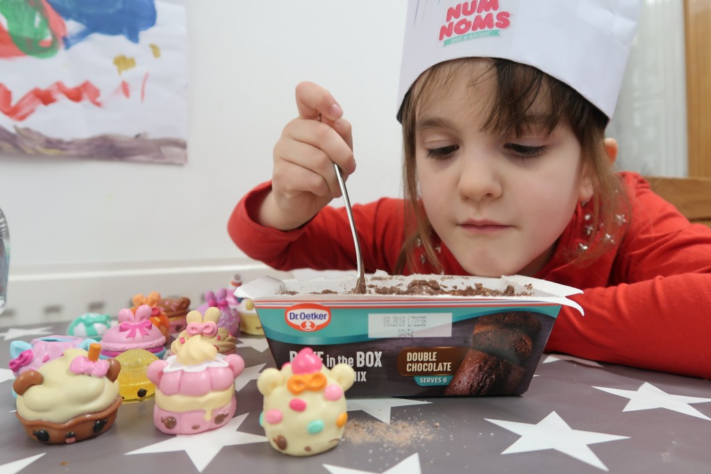 Chocolate Cake Day & Num Noms {Review}